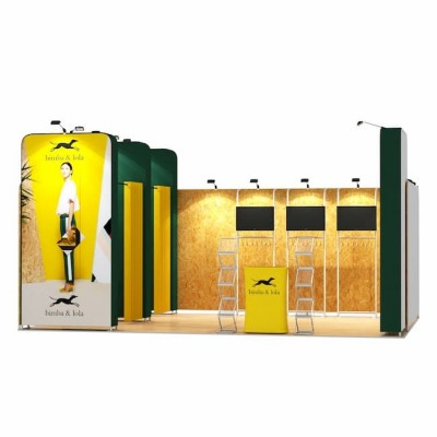 4x6-1A Stand Expozitional Articole Vestimentare